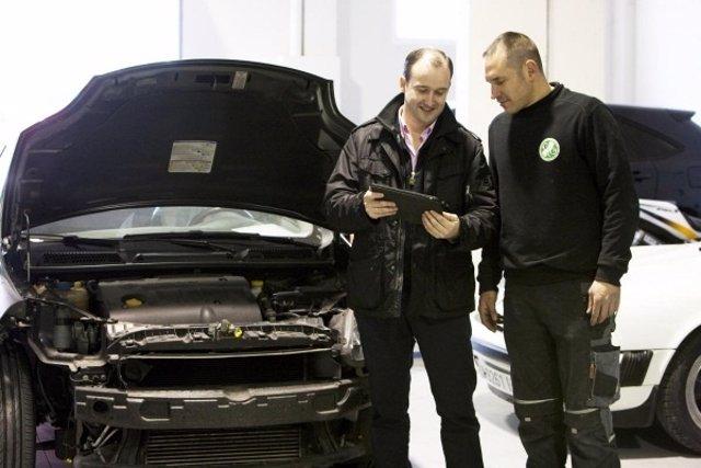 Recurso de taller de reparación de coches, vehículos