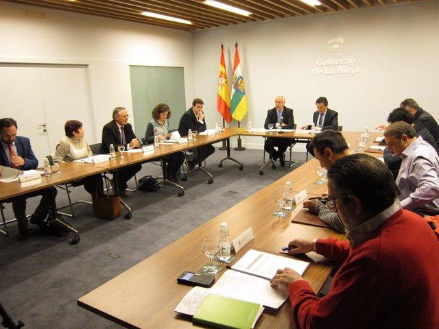 Reunión dle Consejo de cooperación local