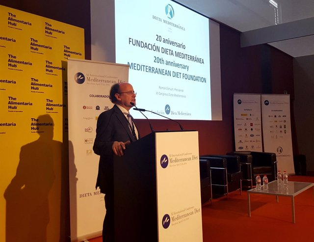El Presidente Del Congreso De La Dieta Mediterránea, Ramón Estruch