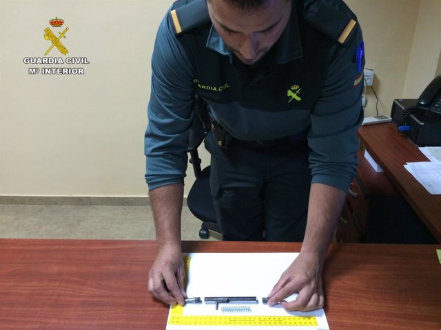 Bolígrafo pistola interceptado por la Guardia Civil