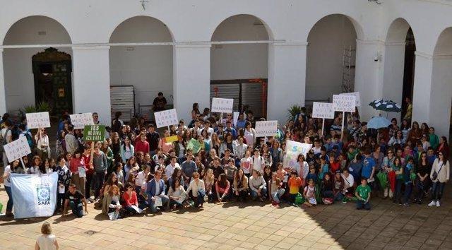 Alumnos participantes en el evento