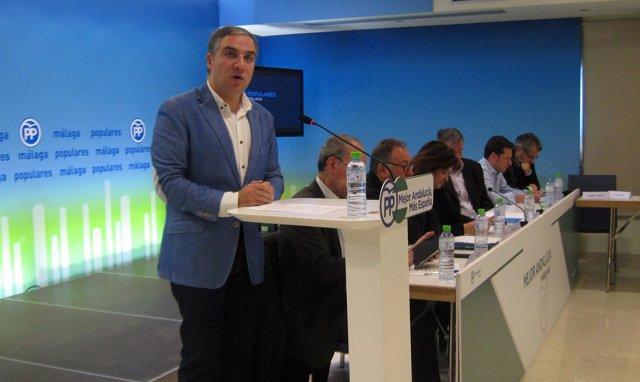 Elías Bendodo en Consejo de Alcaldes del PP de Málaga