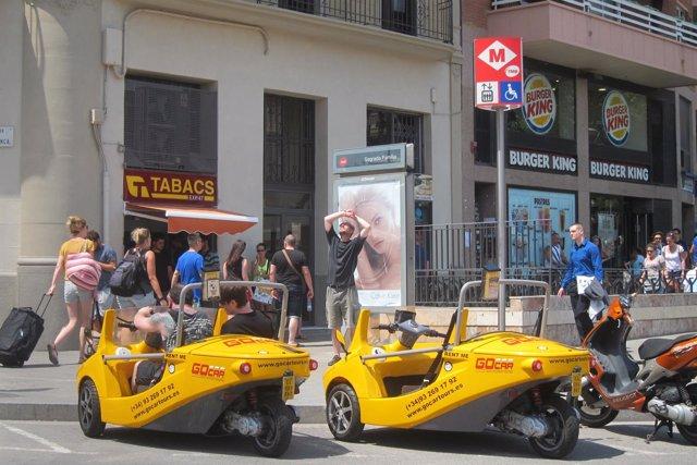Vehículos de alquiler para hacer turismo en Barcelona
