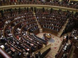El Congreso pide trabajar por la liberación de los presos políticos en Venezuela, de nuevo con la abstención de Podemos