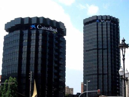 CaixaBank gana 273 millones hasta marzo, un 22,7% menos
