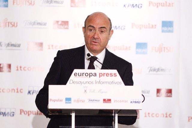 El ministro Luis de Guindos en el Desayuno Informativo de Europa Press