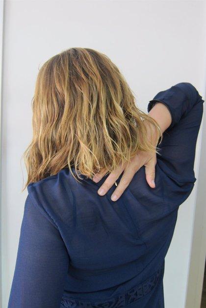 """El dolor en el cuello es un síntoma """"frecuente y poco conocido"""" del 'codo de tenista'"""