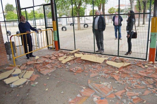 Desprendimiento de una cubierta en un colegio de Cartaya (Huelva).