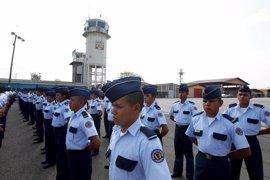 Honduras cesa a una veintena de agentes para depurar la Policía