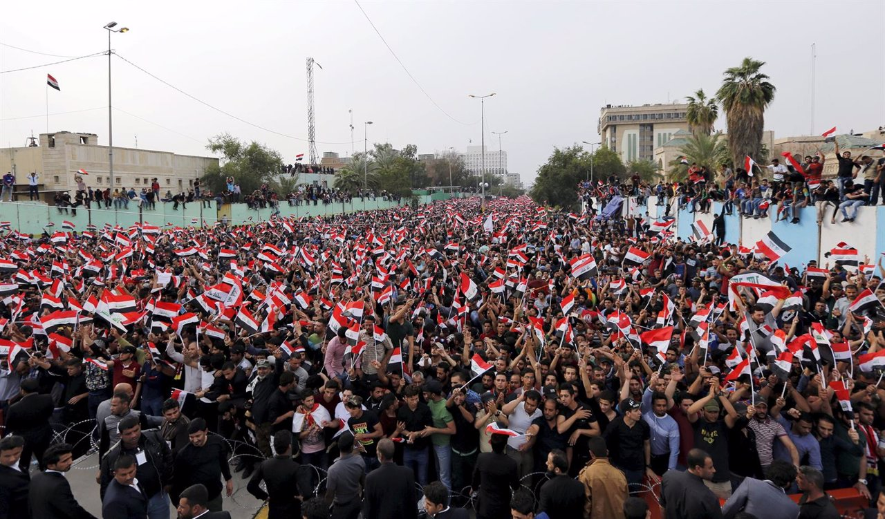Manifestación de Muqtada al Sadr en Bagdad