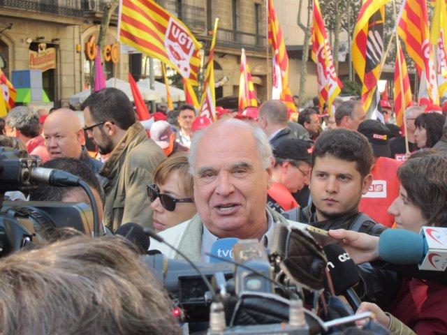 El líder de SiQueEsPot en el Parlament, Lluís Rabell
