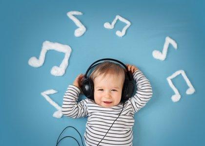 La música mejora el aprendizaje del habla en bebés