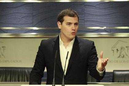 Rivera pide que Rajoy explique la amnistía fiscal usada por la esposa de Arias Cañete
