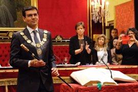 Cuenca (PSOE), nuevo alcalde con el apoyo de C's, Vamos Granada e IU