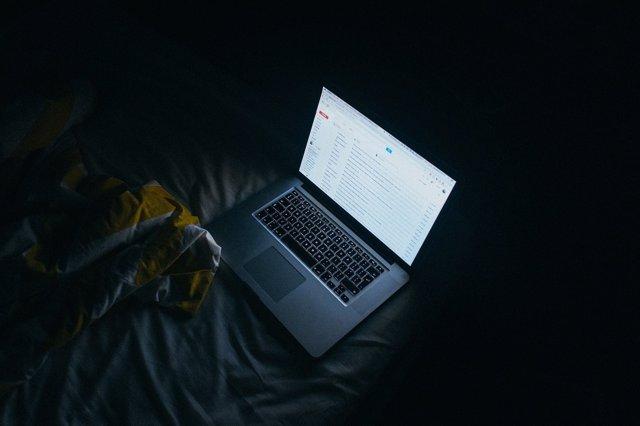 Correo, ordenador, portátil