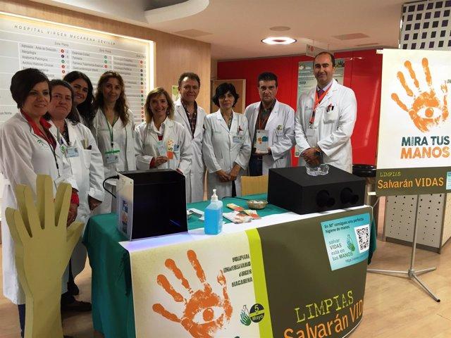Macarena y Virgen del Rocío participan en el Día de la Higiene de Manos