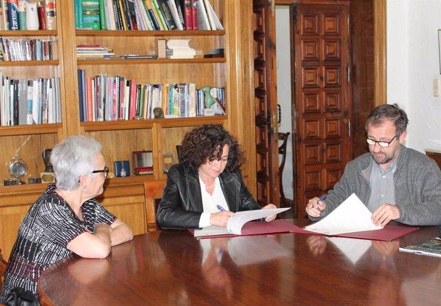 Rectora de la UGR, Pilar Aranda, y director de Parque Ciencias, Ernesto Páramo