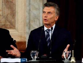 Macri pide a los empresarios una tregua sin despidos