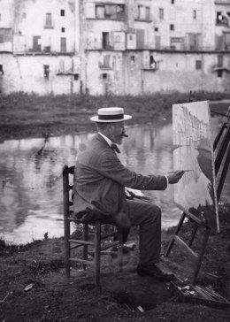 Santiago Rusiñol pintando junto al río Onyar