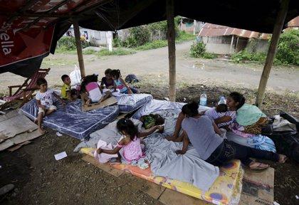 Ecuador pide a los damnificados por el terremoto que usen los albergues gubernamentales