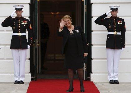 Bachelet insta a los chilenos a participar en la formulación de la nueva Constitución