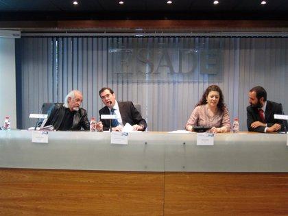 """Garamendi (CEOE): Es el momento de """"relajar un poco el cinturón"""" de la moderación salarial"""