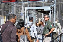 Panamá cierra su frontera para frenar el paso de inmigrantes cubanos