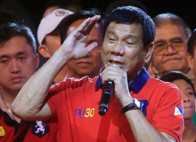 El candidato presidencial filipino Rodrigo Duterte