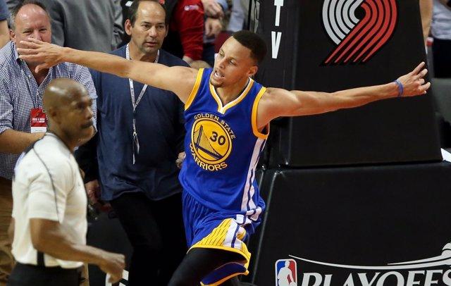 Stephen Curry en el Golden State Warriors - Portland Trail Blazers