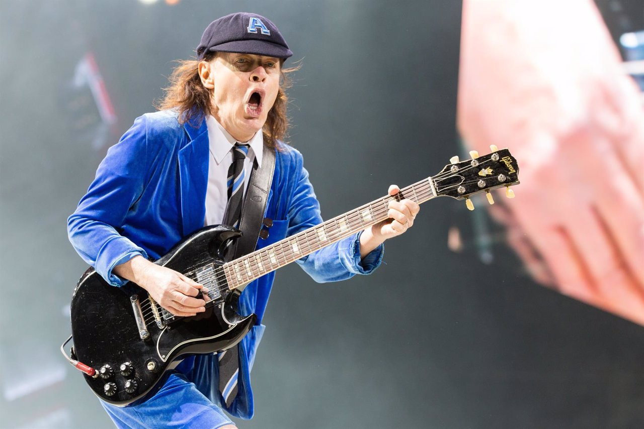 AC/DC Live in Chicago Angus Young