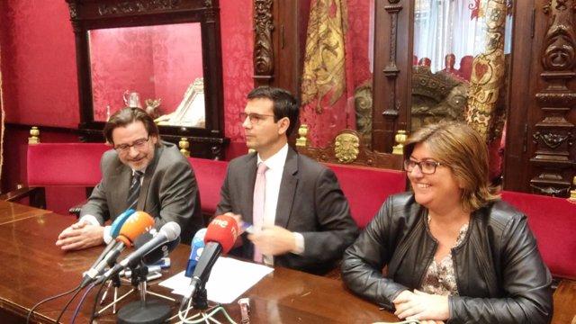 El alcalde de Granada presenta la nueva composición del gobierno