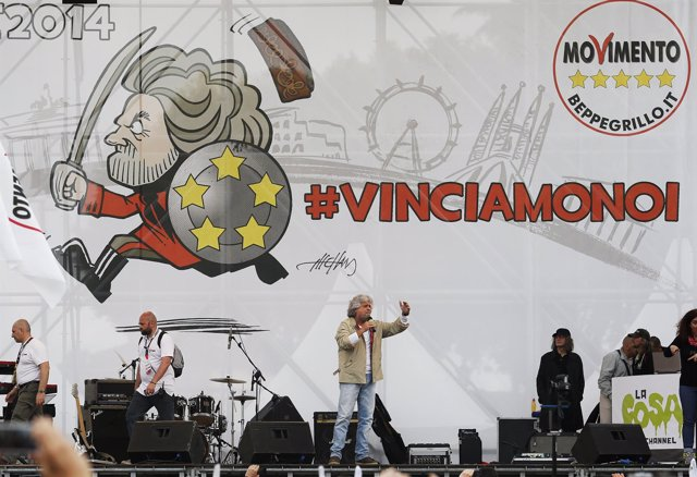 Beppe Grillo durante la campaña del M5S al Parlamento Europeo