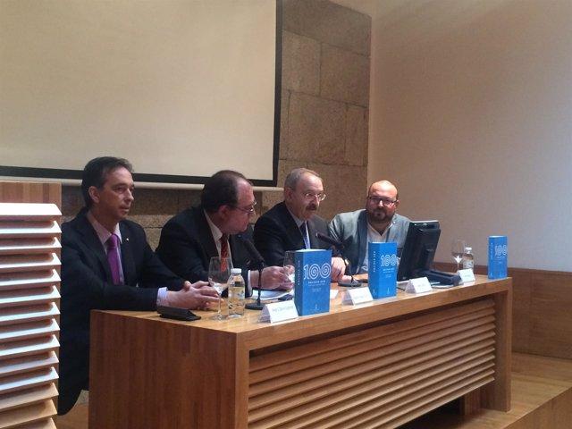 Presentación de la Exposición Galicia 100 en Afundación Consello da Cultura