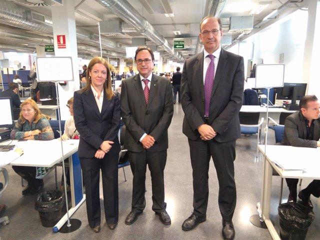 Representantes del Consell y la AEAT han visitado la plataforma en Valencia