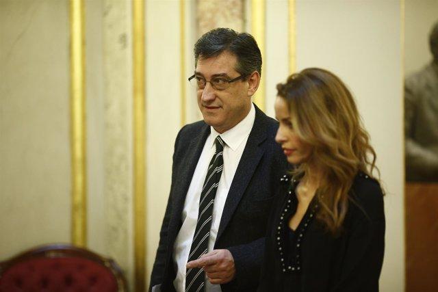 Ignacio Prendes y Patricia Reyes en el Congreso