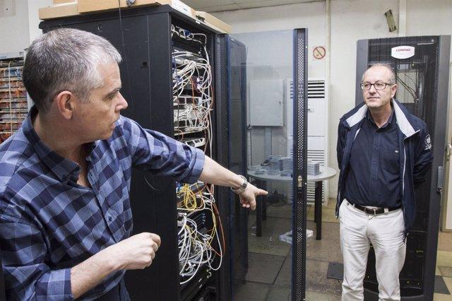 El diputado José Fernández ha visitado los servidores de la RPC.