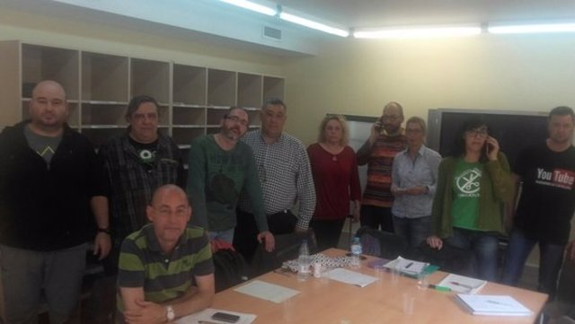 Representantes sindicales de Enseñanza encerrados en la Conselleria