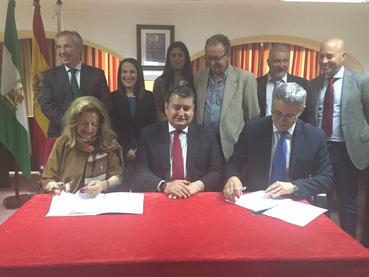 El Gobierno cede al Ayuntamiento de Castellar parcelas de La Almoraima