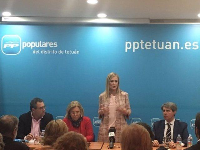 Cristina Cifuentes, en la sede del PP de Tetuán