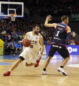 UCAM Murcia vence al Movistar Estudiantes en Liga Endesa