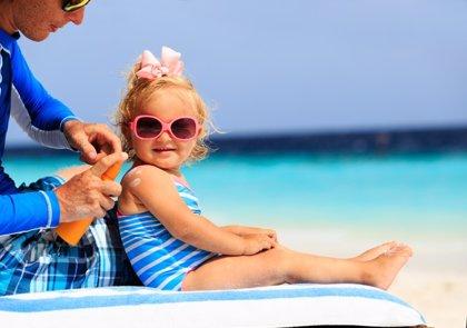 Cremas solares, recomendaciones de los pediatras de la AEP