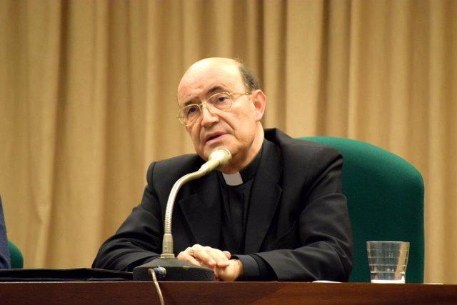 El arzobispo de Burgos, Fidel Herráez.