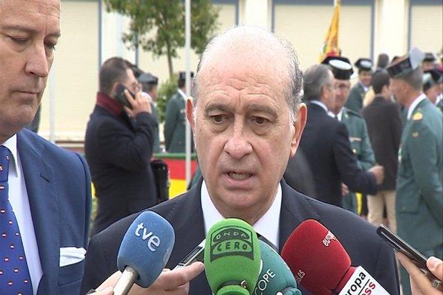 Fernández Díaz se mofa de las tribus de Anna Gabriel