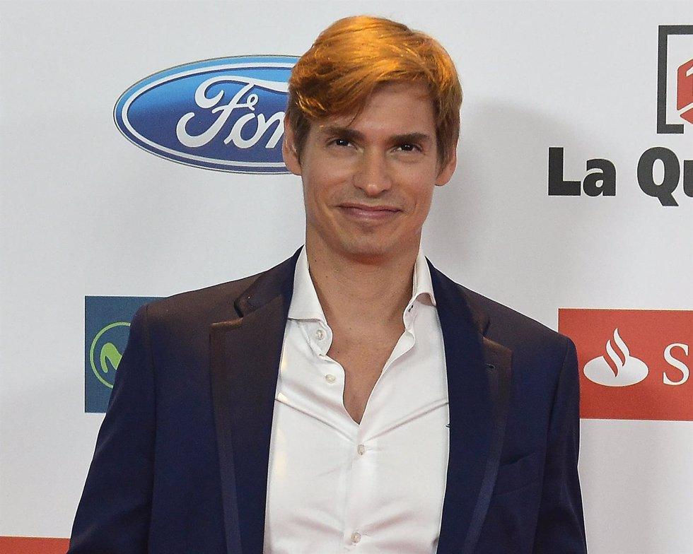 MADRID, SPAIN - DECEMBER 14:  Singer Carlos Baute attends the 2015