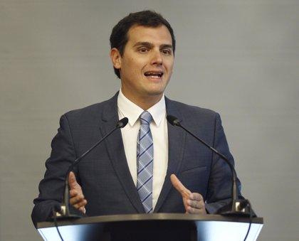 Rivera viaja la próxima semana a Venezuela para apoyar a la oposición