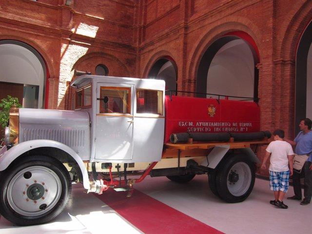 Visitantes en el Museo del Fuego de Zaragoza