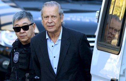 José Dirceu, condenado a 23 años de cárcel por corrupción
