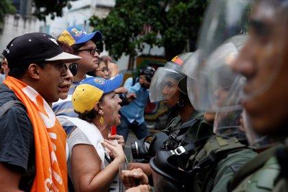 La marcha opositora en Venezuela, en imágenes