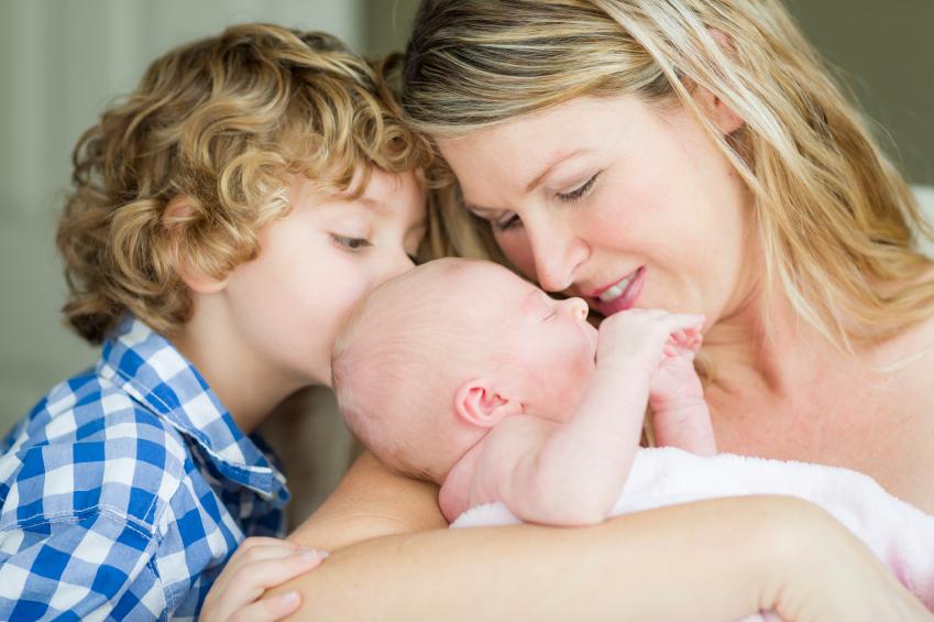 España precisa 719 nacimientos al día