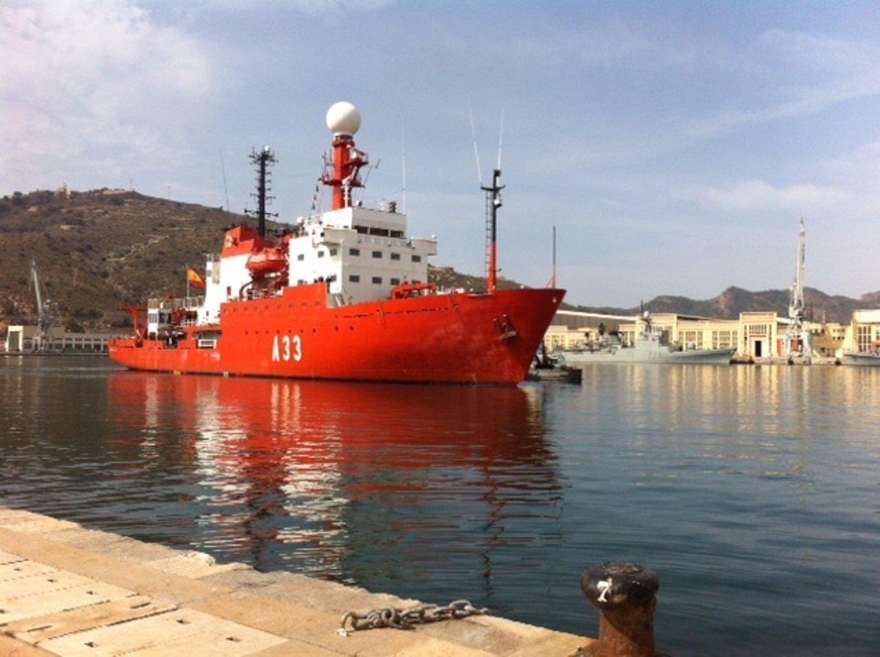 El buque oceanográfico BIO Hespérides, en el puerto de Cartagena